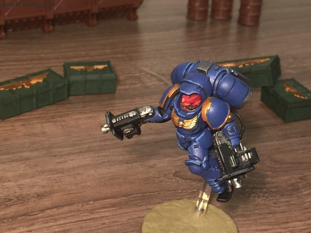 Space Marine Inceptor Sergeant painted figure photo 05