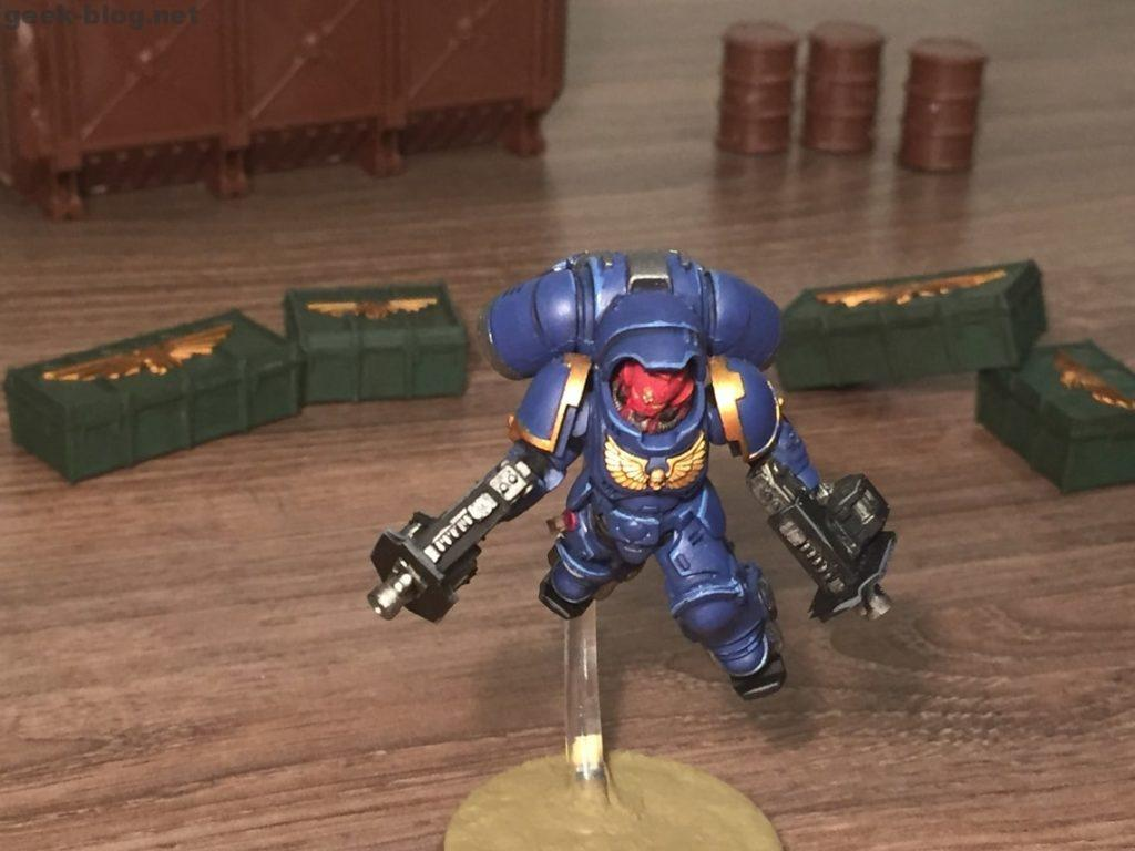 Space Marine Inceptor Sergeant painted figure photo 01